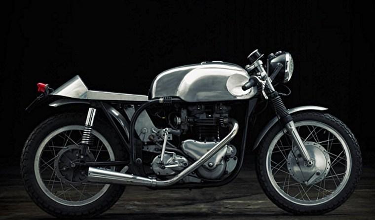 Triton: Moteur Triumph & Cadre Norton