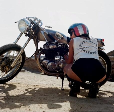Lanakila MacNaughton: Women's Moto Exhibit
