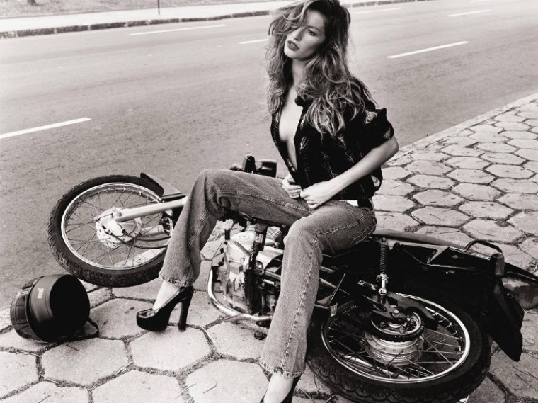 Gisèle Bündchen chute moto