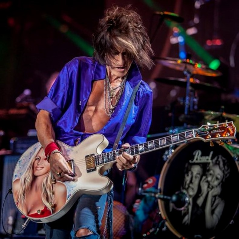 Joe Perry, Dream on!