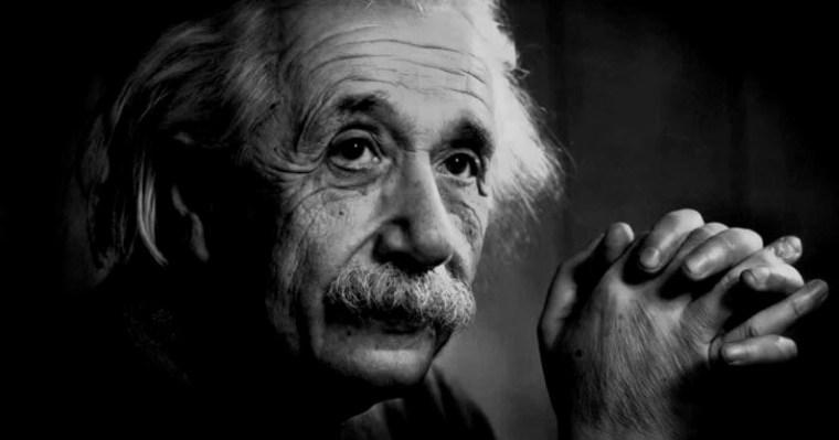 L'infini selon Einstein