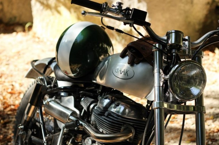 Scrambler Royal Enfield BAAK Motocyclettes