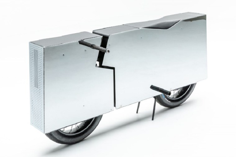 Concept Moto Undone