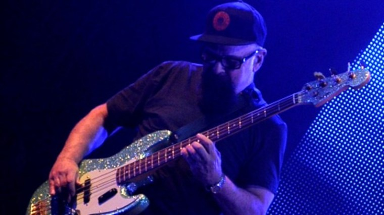 Décès du bassiste Larry Taylor