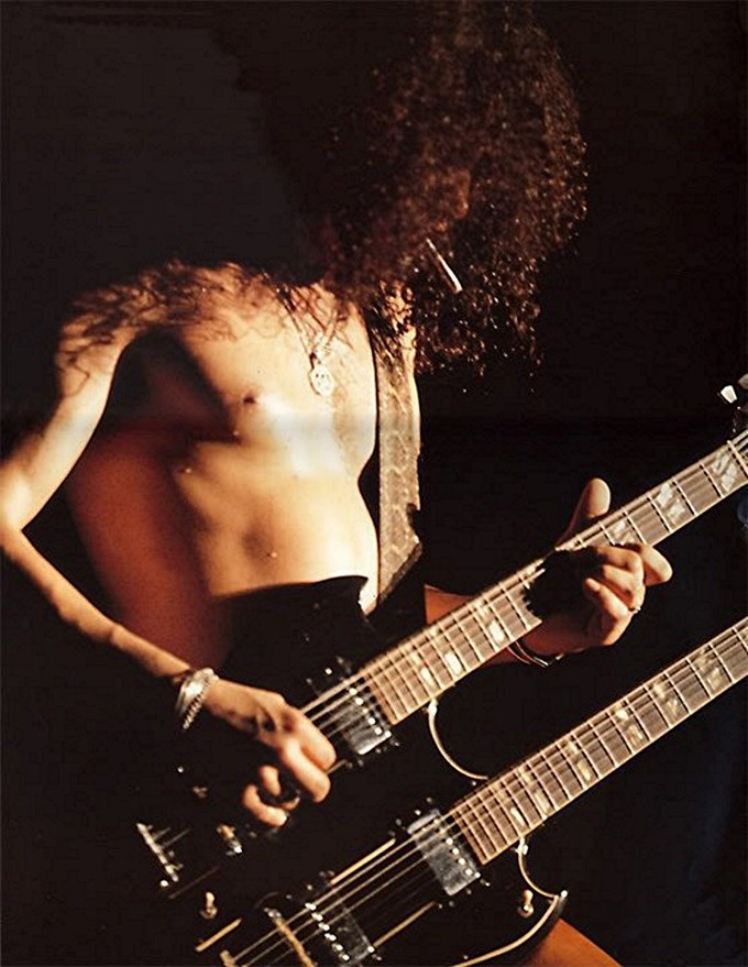 Slash knockin' on Heaven's door